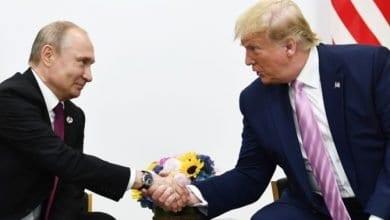 Photo of Trump, Putin discuss oil markets, coronavirus in phone call