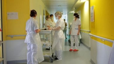Photo of France reports new daily record of 509 coronavirus deaths, bring the toll to 4,032