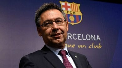 Photo of Six Barcelona board members resign as they question the club's direction