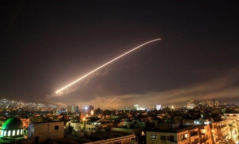 Trois civils tués