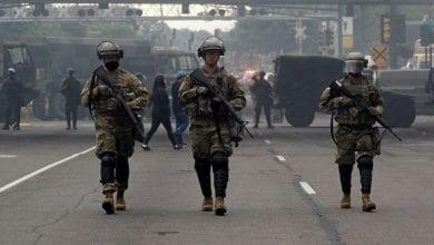 صورة عناصر الحرس الوطني الأميركي تنتشر في مدينة منيابوليس لتطويق الاحتجاجات