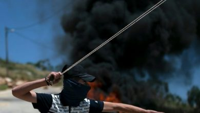 صورة مصرع جندي إسرائيلي جراء رشقه بالحجارة في الضفة الغربية المحتلة