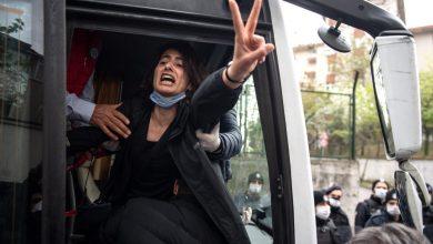 صورة النظام التركي يقمع تظاهرة عمالية ويعتقل قيادات نقابية