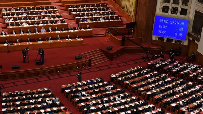 Photo of China's parliament approves controversial Hong Kong security law
