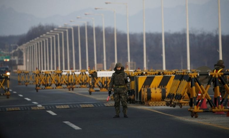 Photo of North and South Korea exchange fire in DMZ; No Casualties