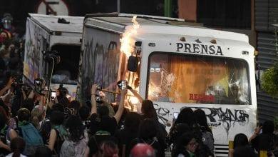 صورة بالفيديو: احتجاجات ضد وحشية الشرطة في المكسيك
