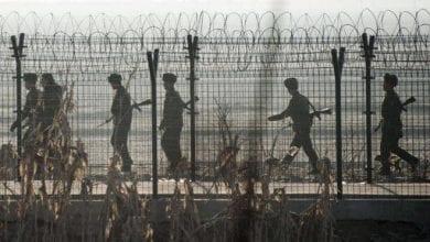 صورة كوريا الشمالية تقطع علاقاتها السياسية والعسكرية مع الجنوبية