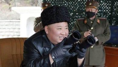 صورة الزعيم الكوري يقرر وقف خطط التحرك العسكري ضد كوريا الجنوبية