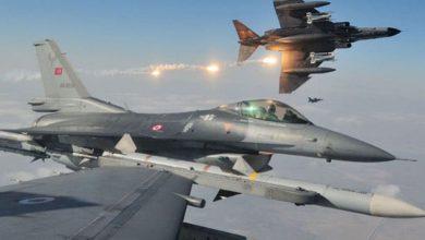 صورة مقاتلات النظام التركي تقصف في قرية شمال محافظة داهوك العراقية
