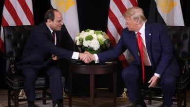 صورة ترامب يرحب بمبادرة القاهرة لحلّ الأزمة الليبية