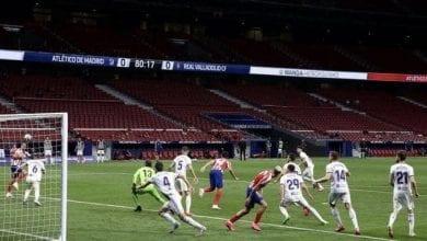 صورة أتليتيكو مدريد يتقدم إلى المركز الثالث في الدوري الإسباني لكرة القدم