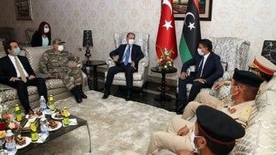 صورة النظام التركي يوقع اتفاقاُ عسكرياً مع السراج والجيش الليبي يصفه بالغزو الجديد