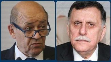 صورة وزير الخارجية الفرنسي يبلغ السراج رفض بلاده للتدخل الأجنبي في ليبيا