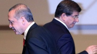 Photo of Davutoglu launches a violent attack on Erdogan after his university is closed