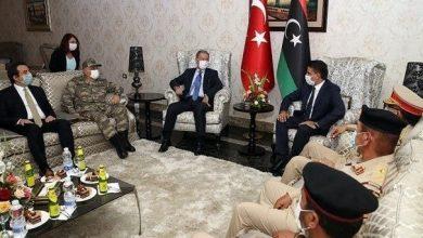 Photo de Erdogan continue son soutien aux mercenaires et aux milices en Libye