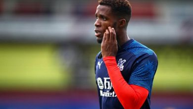 Photo of Police arrest 12-year-old boy over racist messages sent to Wilfried Zaha