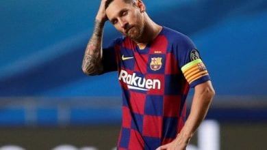 Photo of Leo Messi informs Barcelona of his desire to leave