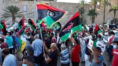 Photo of Libyan protests against Fayez al-Sarraj government and expose Turkey's role