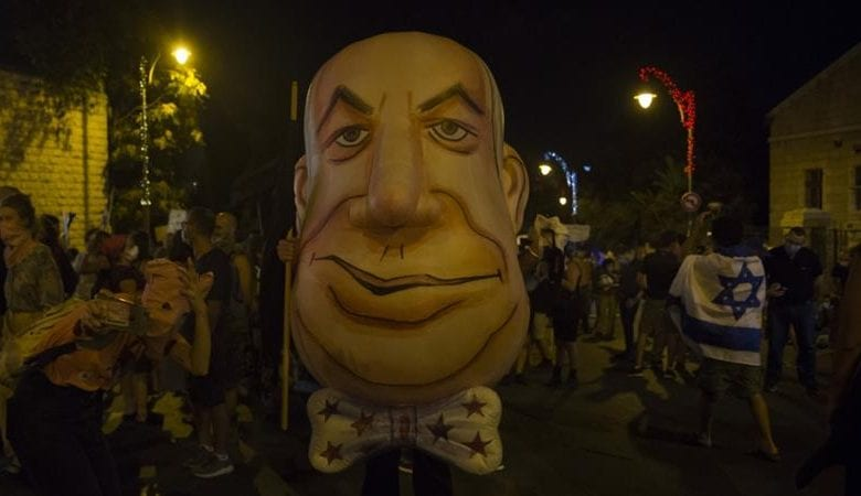 Photo of Thousands throng central Jerusalem in renewed anti-Netanyahu protests