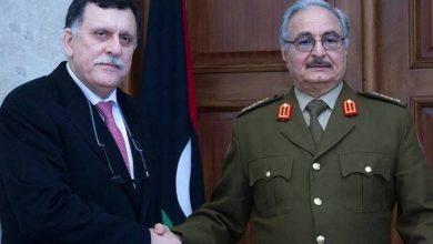 صورة الأطراف الليبية المجتمعة في مصر تتفق على تشكيل هيئة عسكرية مشتركة