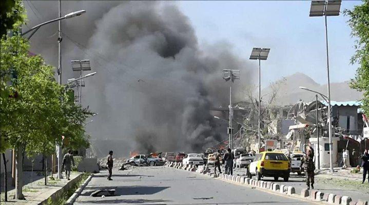 تفجير يستهدف موكب نائب الرئيس الإفغاني