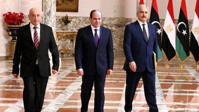 صورة قائد الجيش الليبي ورئيس البرلمان في زيارة مفاجئة للقاهرة