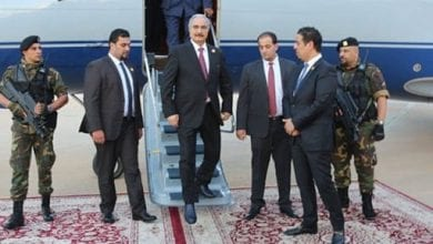 Photo of Libyan commander Khalifa Haftar announce plans to lift oil field blockade