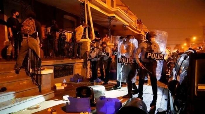 السلطات الأمريكية تفرض حظراً للتجول على مدينة فيلادلفيا