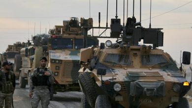 صورة النظام التركي يسحب قواته من نقطة مراقبة يحاصرها الجيش السوري