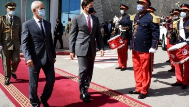 وزير الدفاع الأمريكي يوقع اتفاقاً للتعاون العسكري مع تونس
