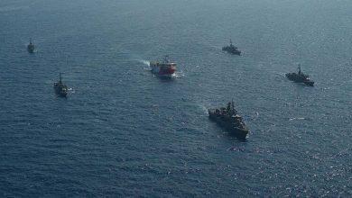 Photo de La Grèce a mis ses navires de guerre dans la mer Égée en alerte