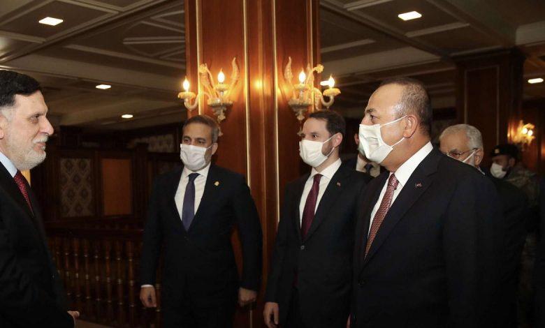 السراج في زيارة غامضة إلى تركيا
