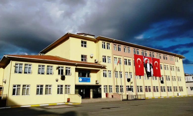 المعلمون الأتراك