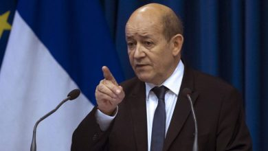 """Photo of French Foreign Minister Le Drian to Erdogan: """"We wait for deeds, not words"""""""