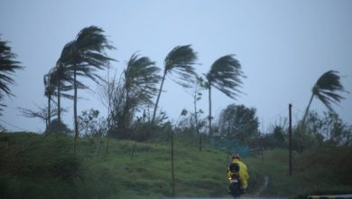Photo of Philippine authorities evacuate thousands as Typhoon Vamco approaches