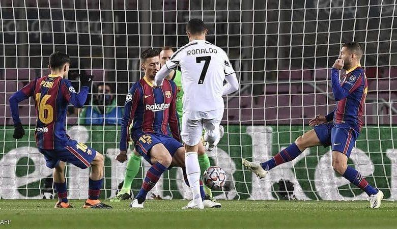 تسجيلات تفضح نجم برشلونة ومدربه