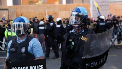 صورة احتجاجات وأعمال عنف بين مؤيدين ومناهضين لترامب في واشنطن