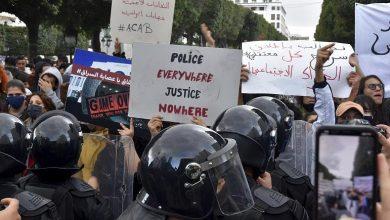 Photo de Affrontements entre la police tunisienne et des manifestants suite au meurtre d'un manifestant