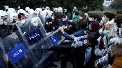 Photo of Protests and clashes with Turkish police against Erdogan's decision to appoint university head