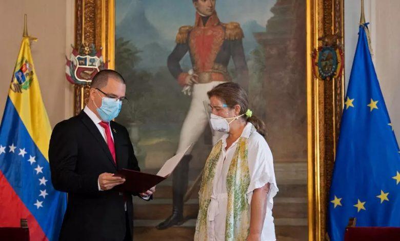 طرد سفيرة الاتحاد الأوروبي لدى فنزويلا