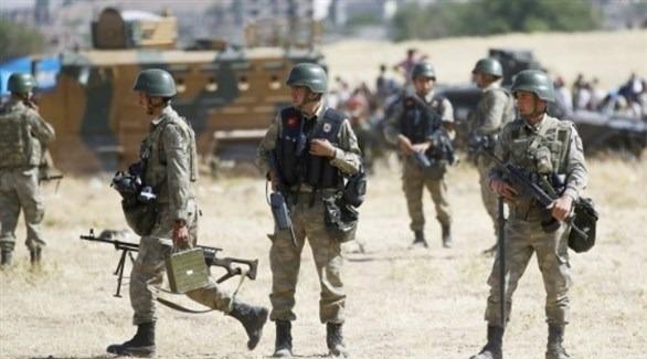 30 soldats turcs