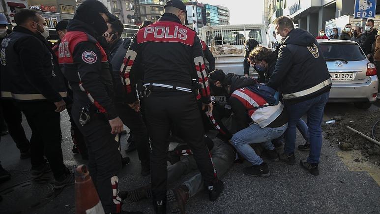 اعتقالات الطلاب في تركيا