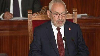 Photo de Une centaine de députés ont signé une pétition retirant la confiance de Ghannouchi