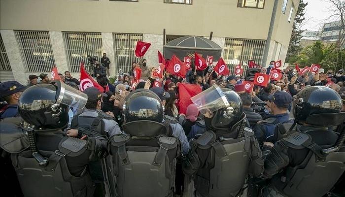 احتجاجات الحزب الدستوري
