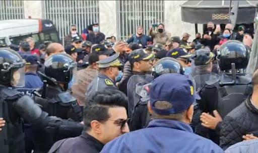 اعتصام الدستوري الحر