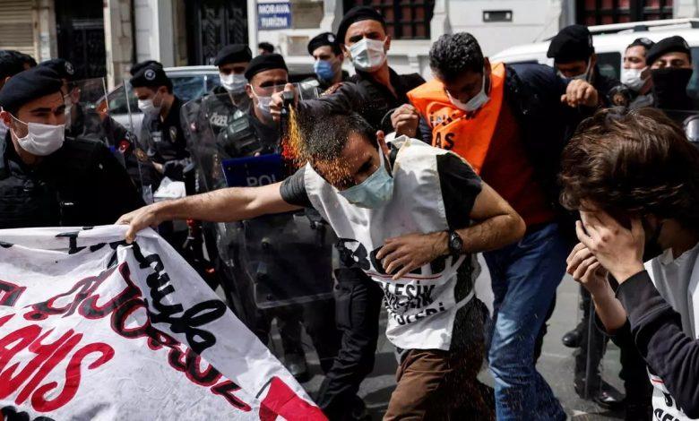 النظام التركي يقمع بعنف احتجاجات يوم العمال