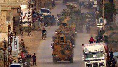 مصرع جندي تركي أثناء هجوم على قافلة إمداد في إدلب السورية