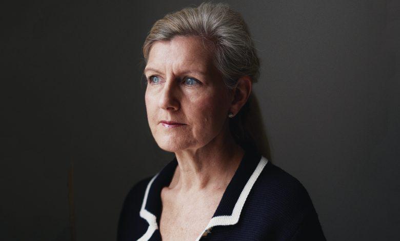 FA Debbie Hewitt